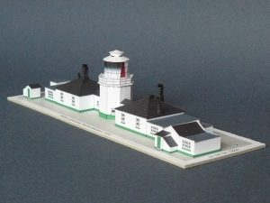 pl12-whitby-lighthouse-pic1