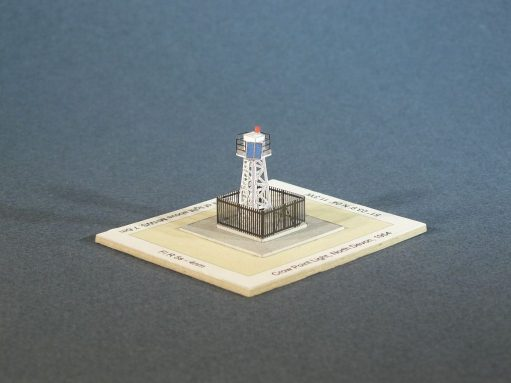 pl38-crowpoint-lighthouse-pic1