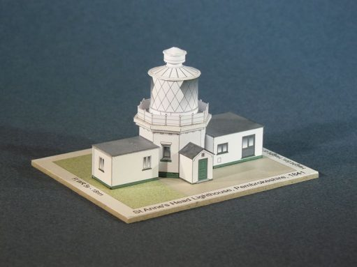 pl48-stanneshead-lighthouse-pic1